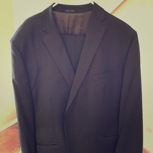 Calvin Klein Charcoal Gray 2 Piece Wool Suit